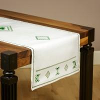 Traversă de masă cu modele geometrice