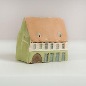 Ceramică miniaturală făcută manual
