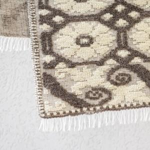 Covor din lână, cu model floral tesut manual la razboi, culori vegetale